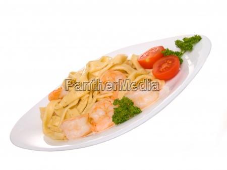 macaroni withe shrimp ready food