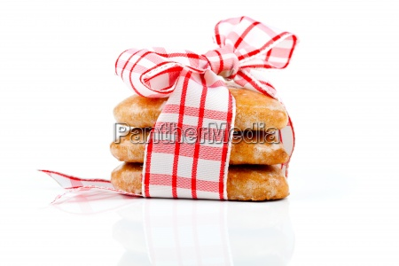 cookies in heart shape connected with