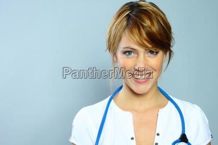 doctor physician medic medical practicioner woman