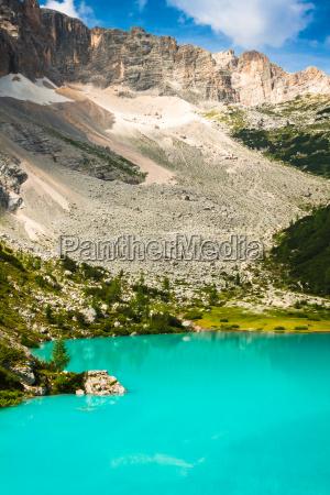 alpin lake sorapis italian dolomites