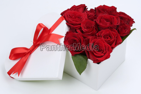 gift as heart with roses for