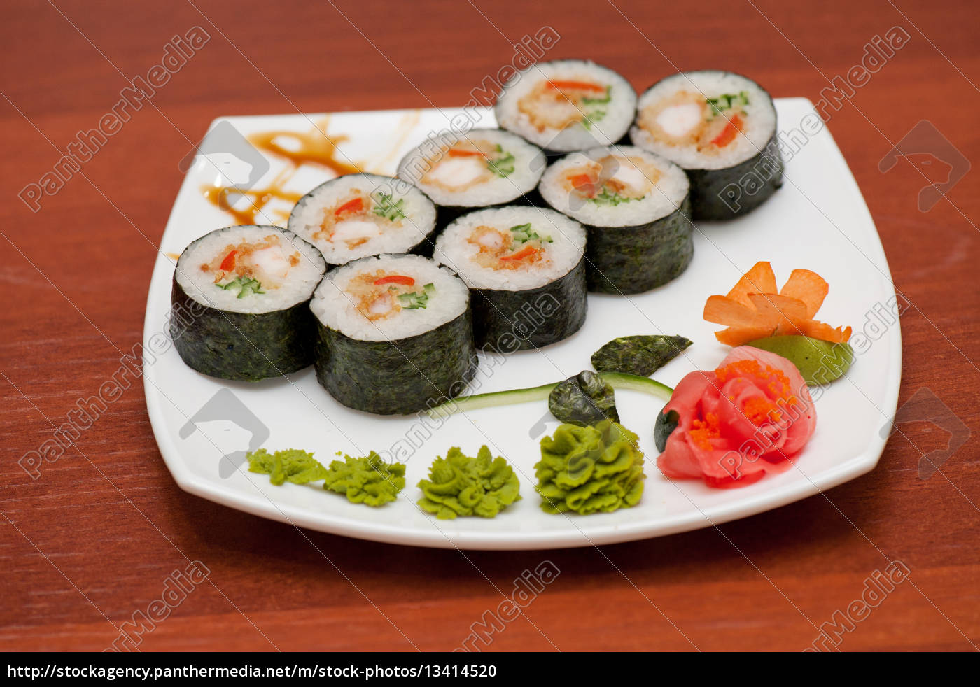 sushi, rolls, with, crabs, meat - 13414520