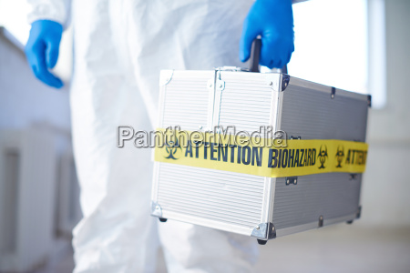 suitcase, with, biohazard - 13423968