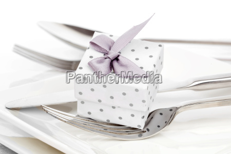 valentines romantic table setting with gift