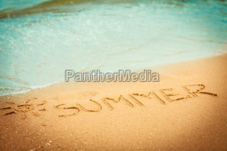 the word summer written in the