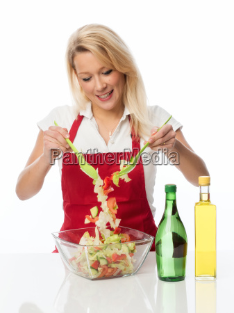 housewife stirred with a salatbesteck a