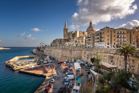 skyline of the maltese capital city