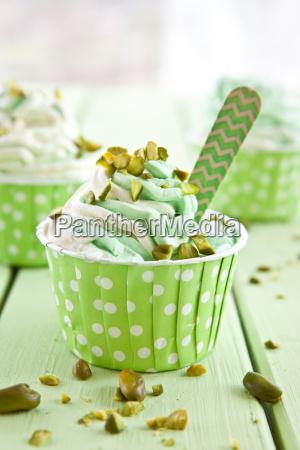 frozen yogurt with fresh pistachios