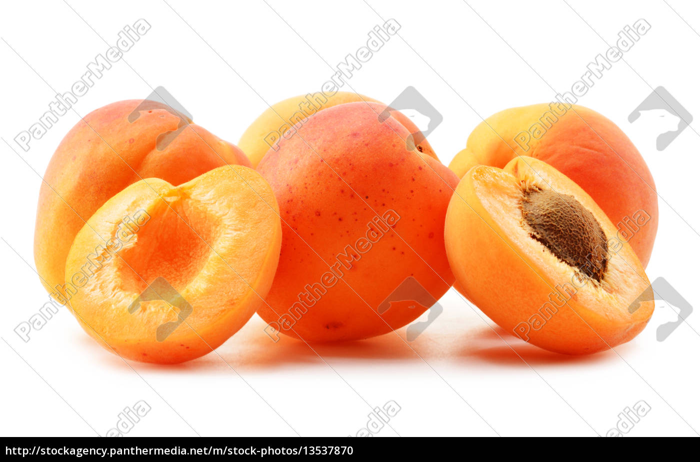 composition, with, fresh, ripe, apricots, isolated - 13537870