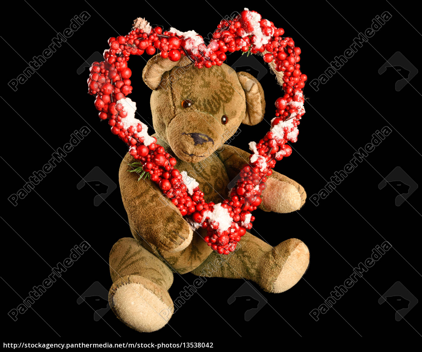 5c358e92 Stock image 13538042 - teddy bear with heart shaped wreath of red berries  as a