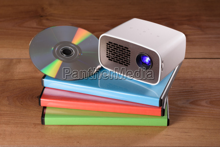 mini projector with dvd and dvd