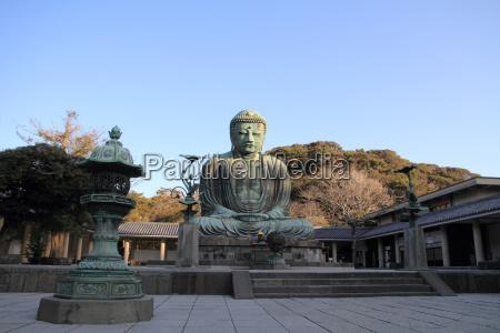 the great buddha in kamakura japan