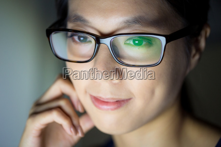 woman look at computer screen