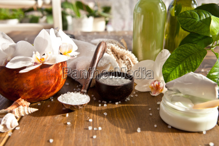 bath salts and other toiletries