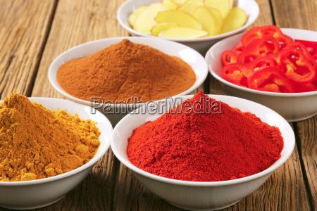 curry powder paprika ground cinnamon