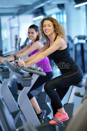 group, of, people, running, on, treadmills - 13707588
