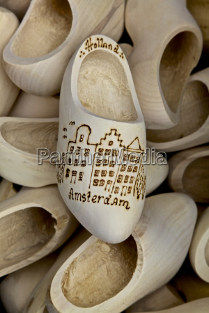 wooden shoes netherlands
