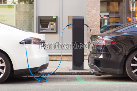 electric, cars, in, charging, station. - 13782221