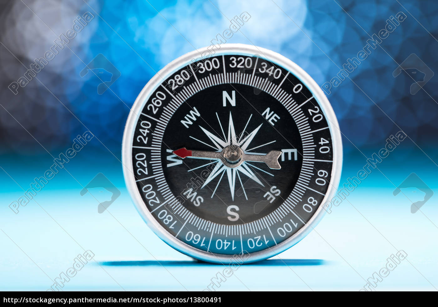 metal, compass - 13800491