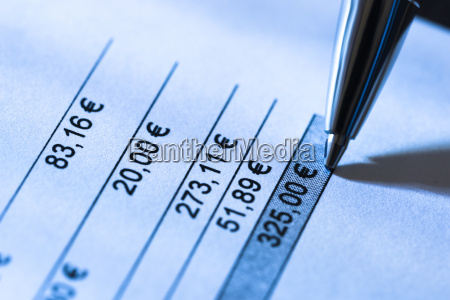 close up of total amount due