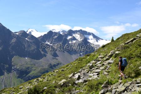 ascent to the mutterberg lakes stubai