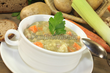 hearty peas soup with parsley