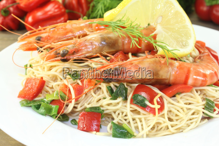 prawns with mie noodles