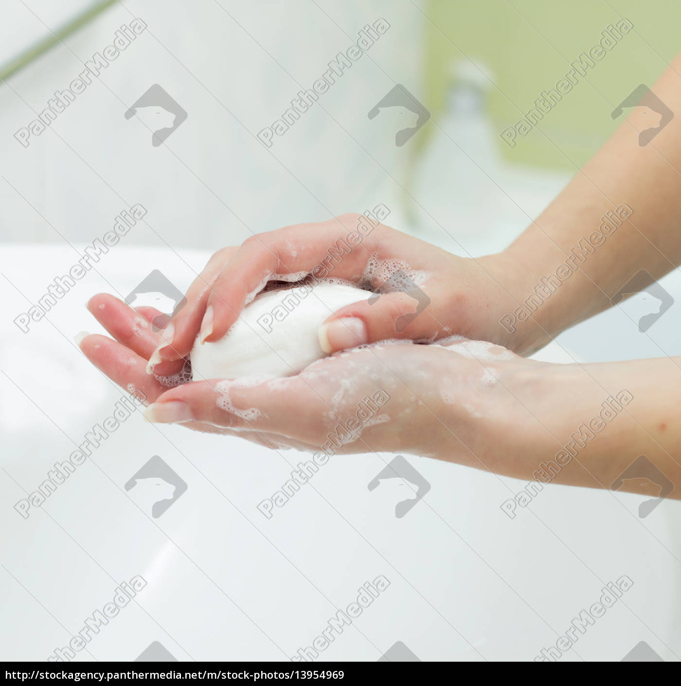 washing, hands - 13954969