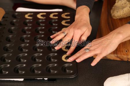 bake cookies at woman