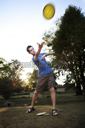 a man makes a forehanded drive