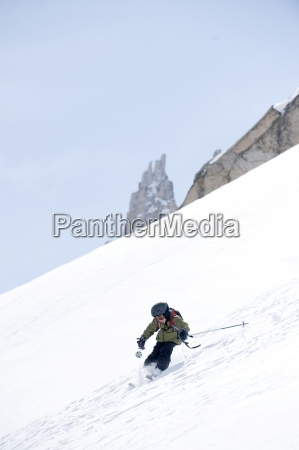 a boy skiing in the california