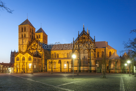 st pauls cathedral in munster illuminated