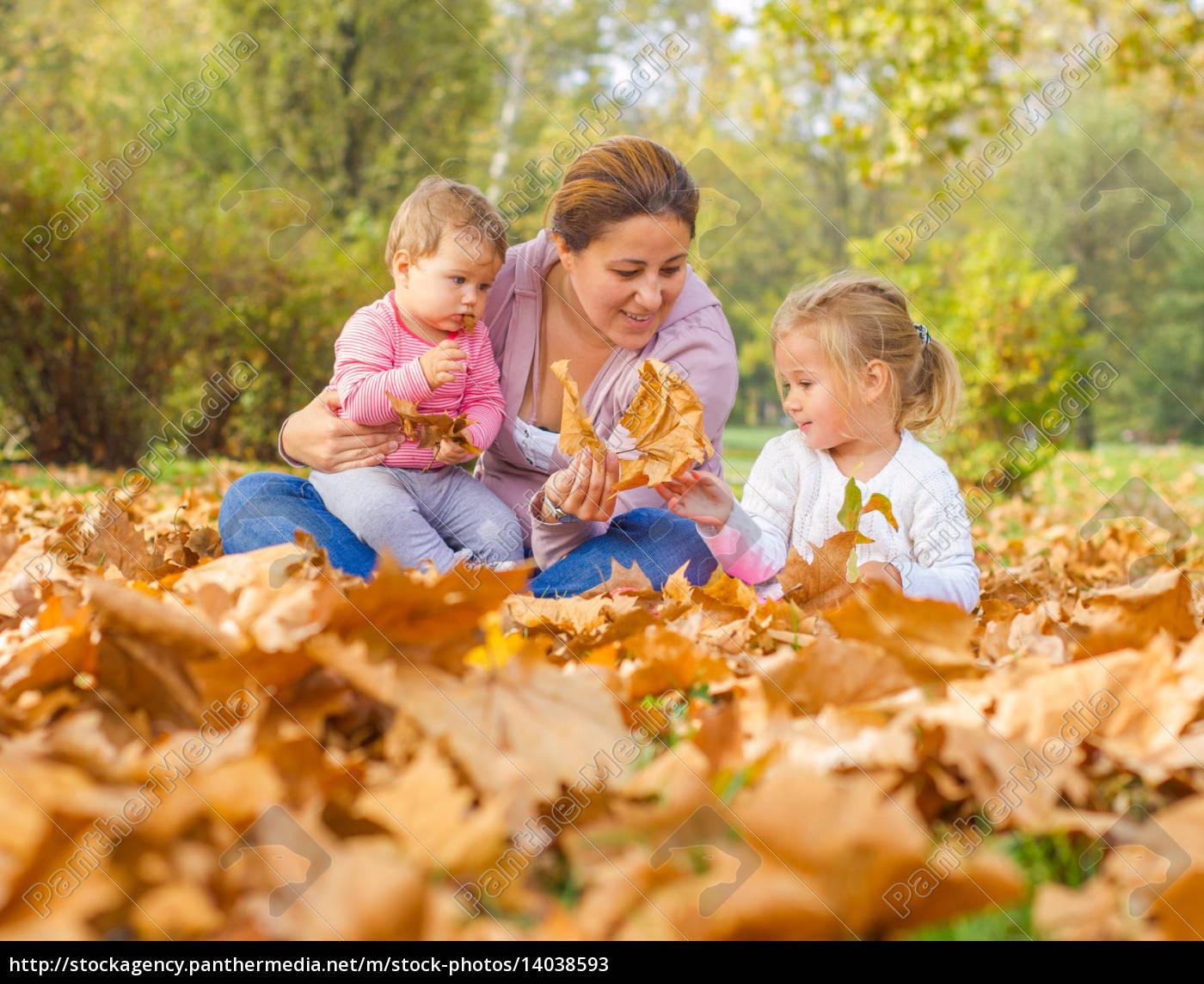 happy, mother, enjoyment, beautiful, autumn, day - 14038593