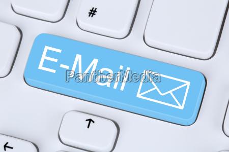 mensaje de correo electronico enviado en