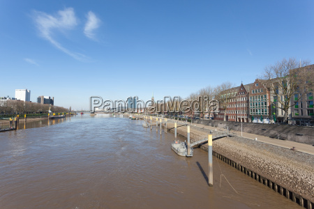 weser river in the city of