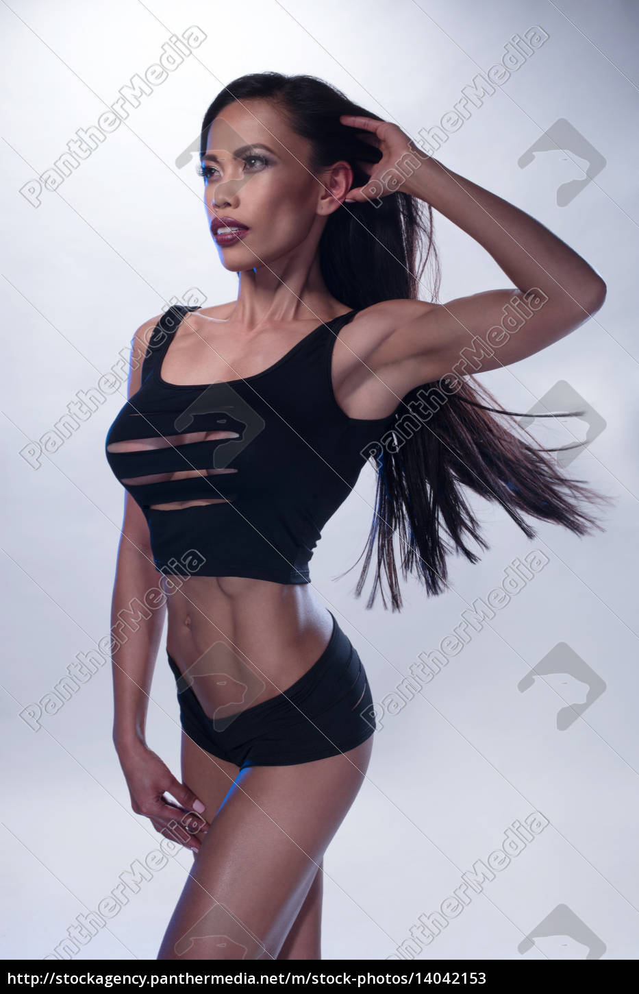 athletic, woman, with, long, hair - 14042153