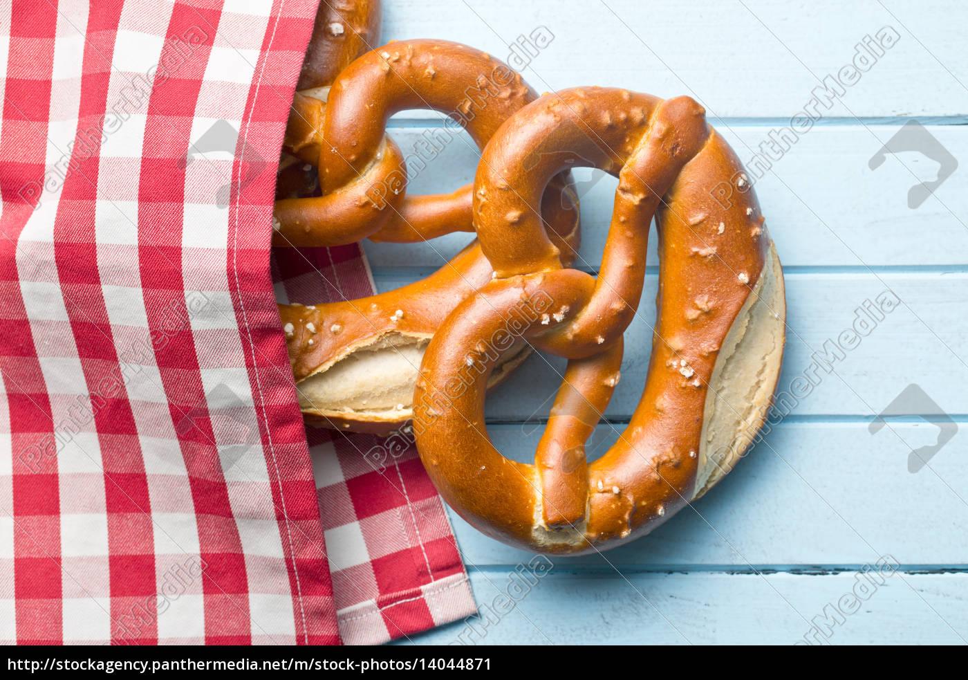 baked, pretzels - 14044871