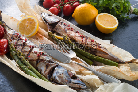 grilled, mackerel, with, asparagus - 14044125