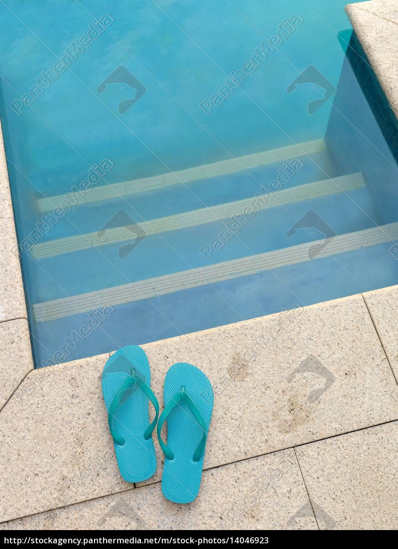 pool, side - 14046923
