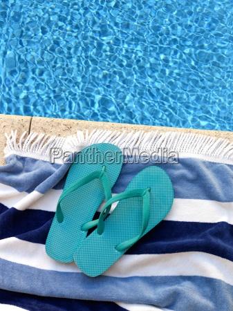 pool, side - 14046957