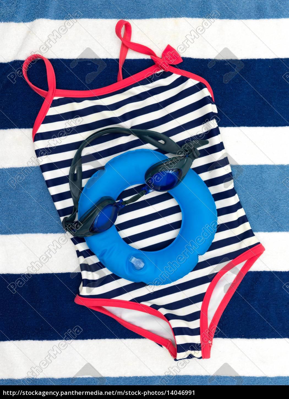 pool, side - 14046991