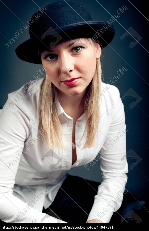 gangster, styled, women - 14047591