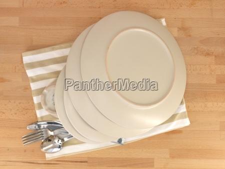 tableware - 14047043