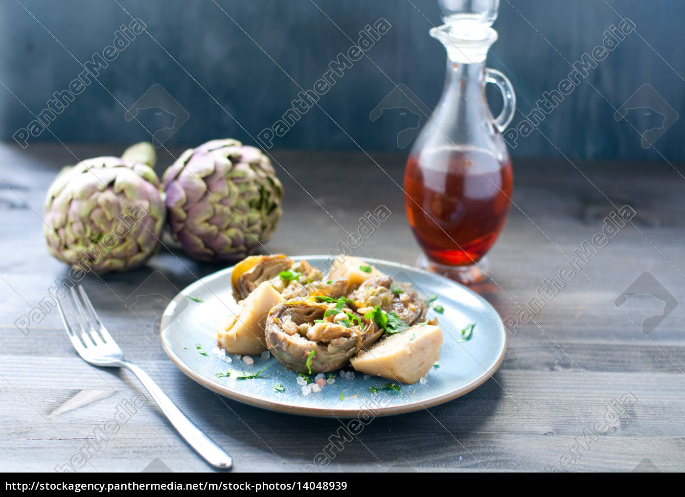artichoke, salad, with, balsamic, vinegar, and - 14048939