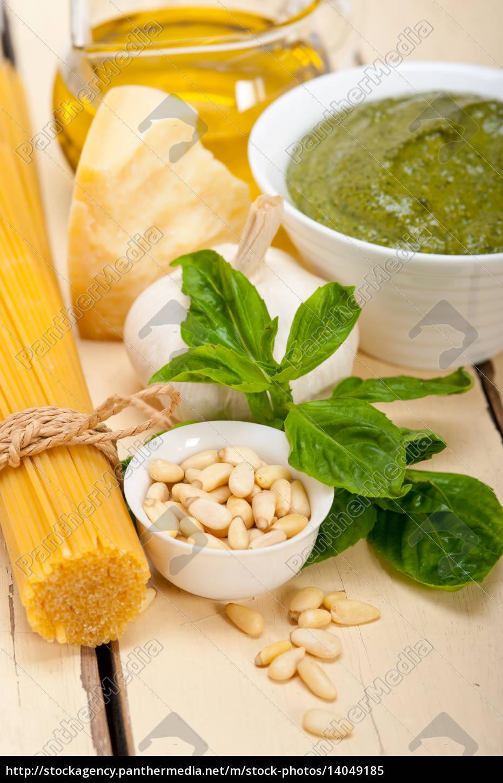 italian, traditional, basil, pesto, pasta, ingredients - 14049185
