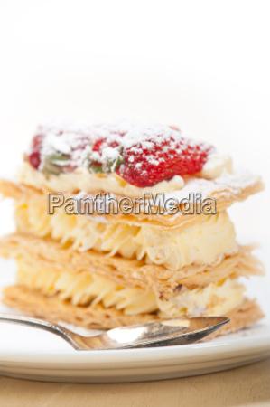 napoleon, strawberry, cake, dessert - 14049249