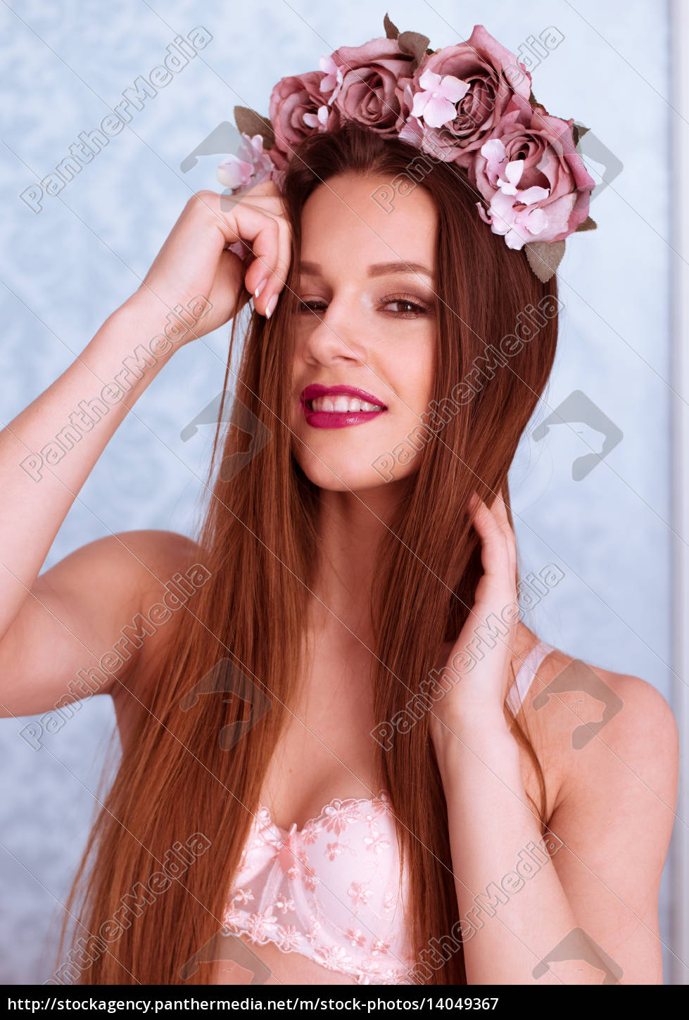 pretty, woman, in, bra, with, rose - 14049367