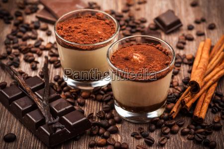 delicious, tiramisu, dessert - 14051379
