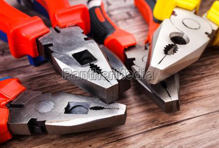 pliers, head, closeup - 14051943