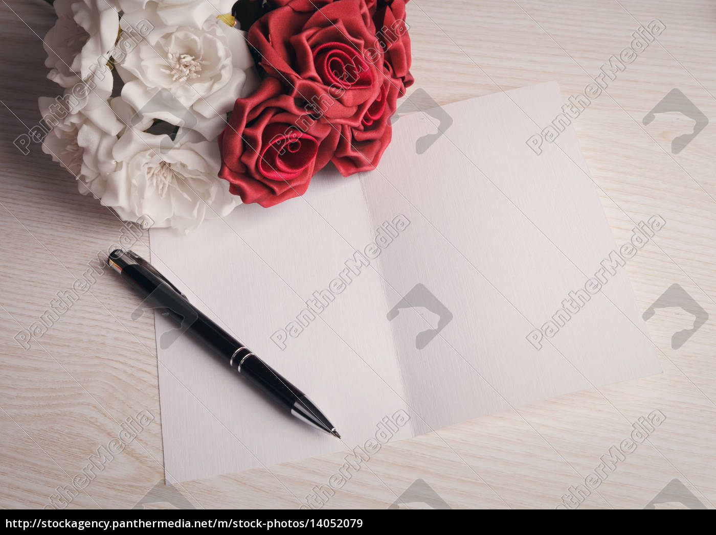 blank, card, with, flowers - 14052079